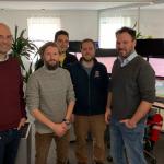Besuch beim Oberösterreichischen Roten Kreuz, Landesverband Oberösterreich. Mit Wolfgang, Mario und drei Vertretern des Roten Kreuzes.